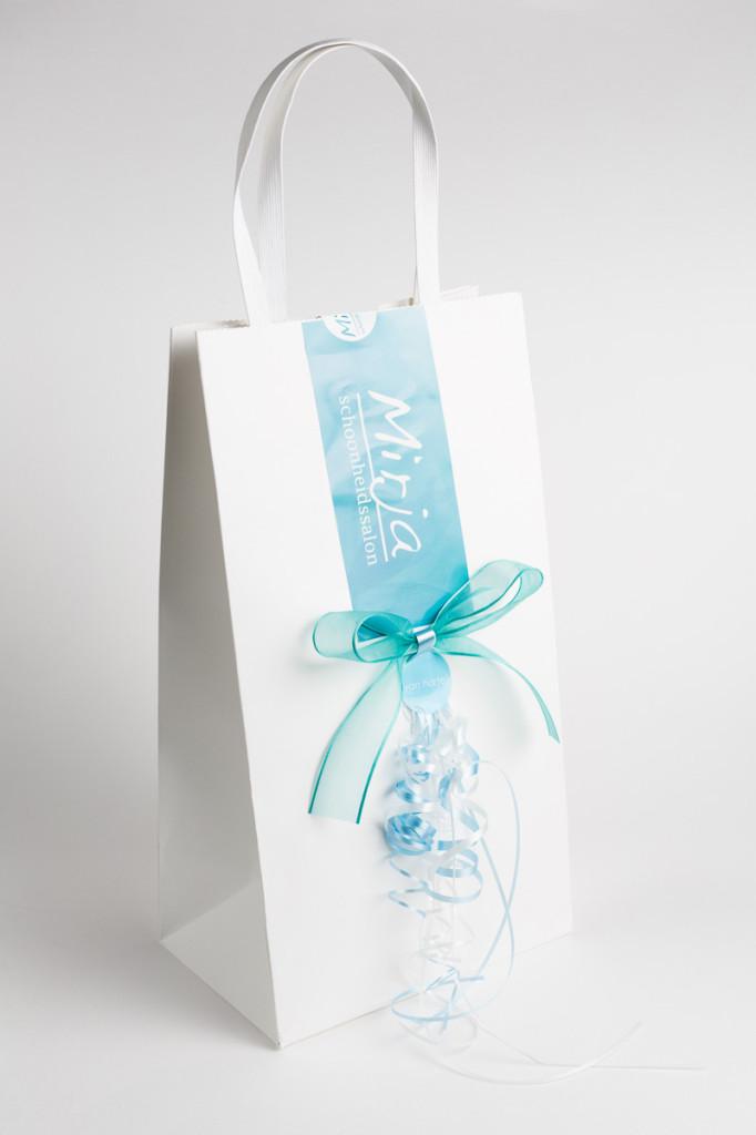 mirja_schoonheidssalon_cadeaubon_verpakking